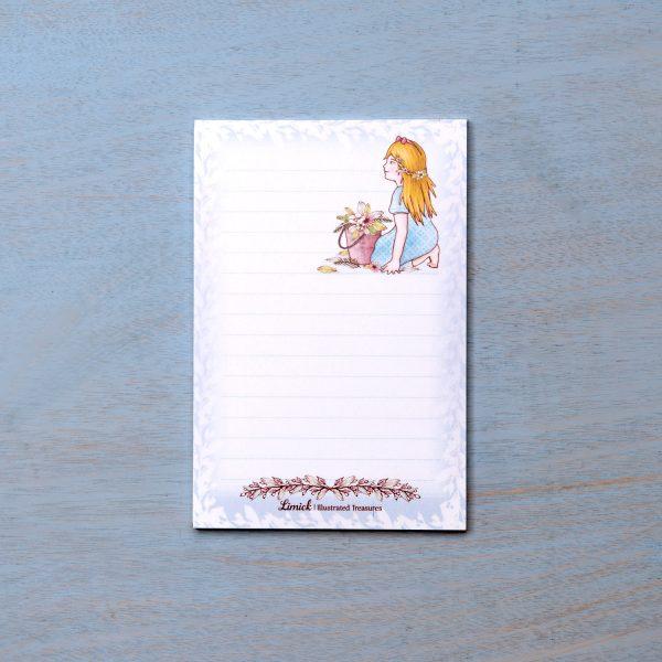 פנקס רשימות/ברכות – ילדה עם דלי פרחים